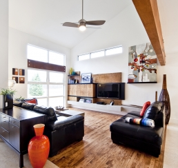 Du Lac Rd. Living Room