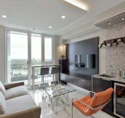Lansdowne Rideau Terrace Penthouse_power _den