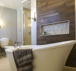 Bath with alcove