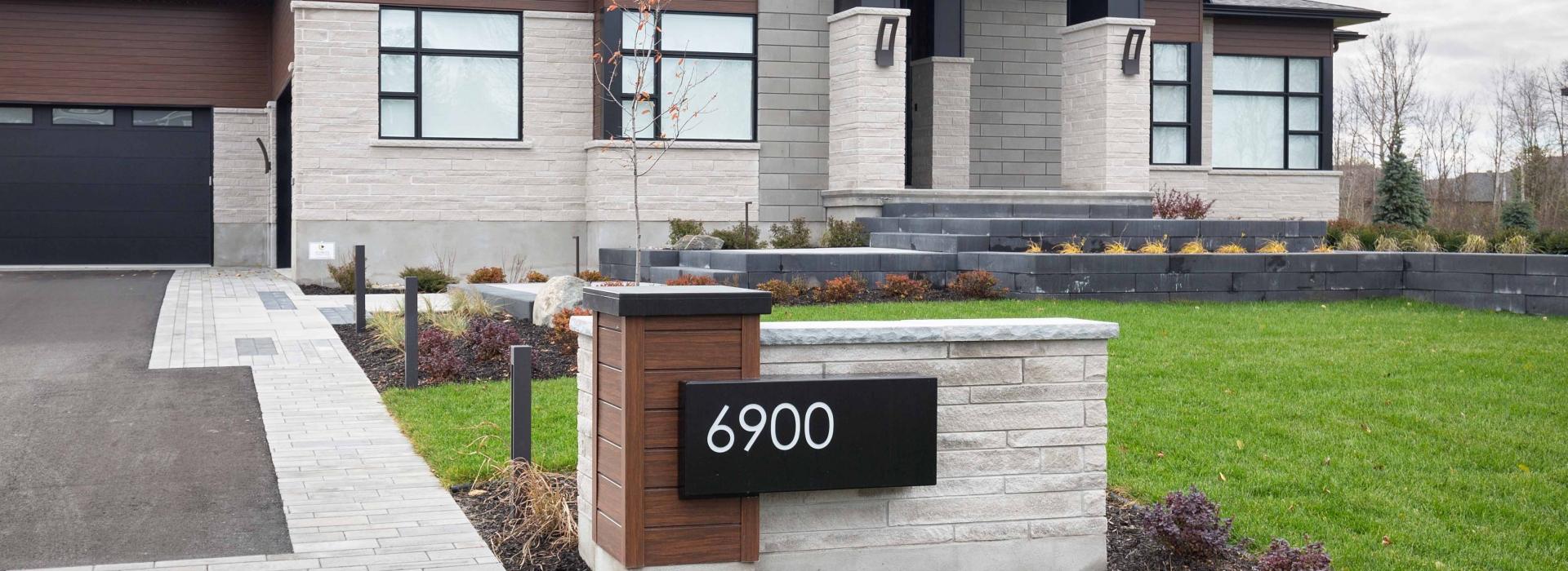Address wall