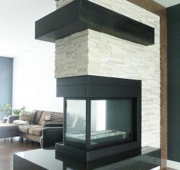 Des Cornouilliers Fireplace