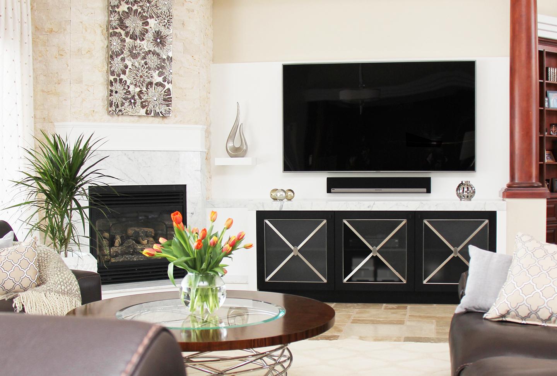 Living Room / Fireplace / Tv Unit